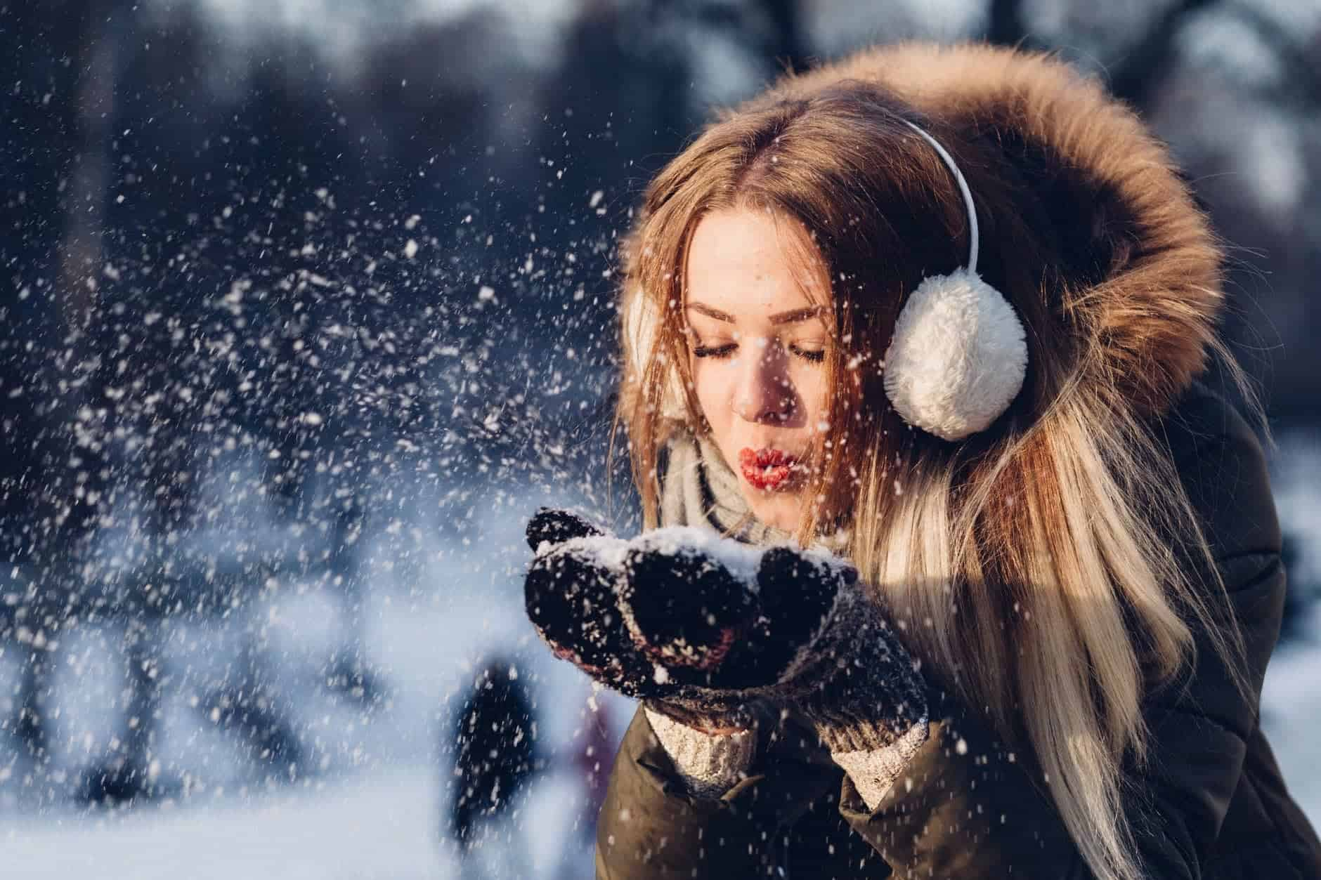 adult beautiful christmas cold The 11 Seasonal Jobs To Apply For This Holiday Season