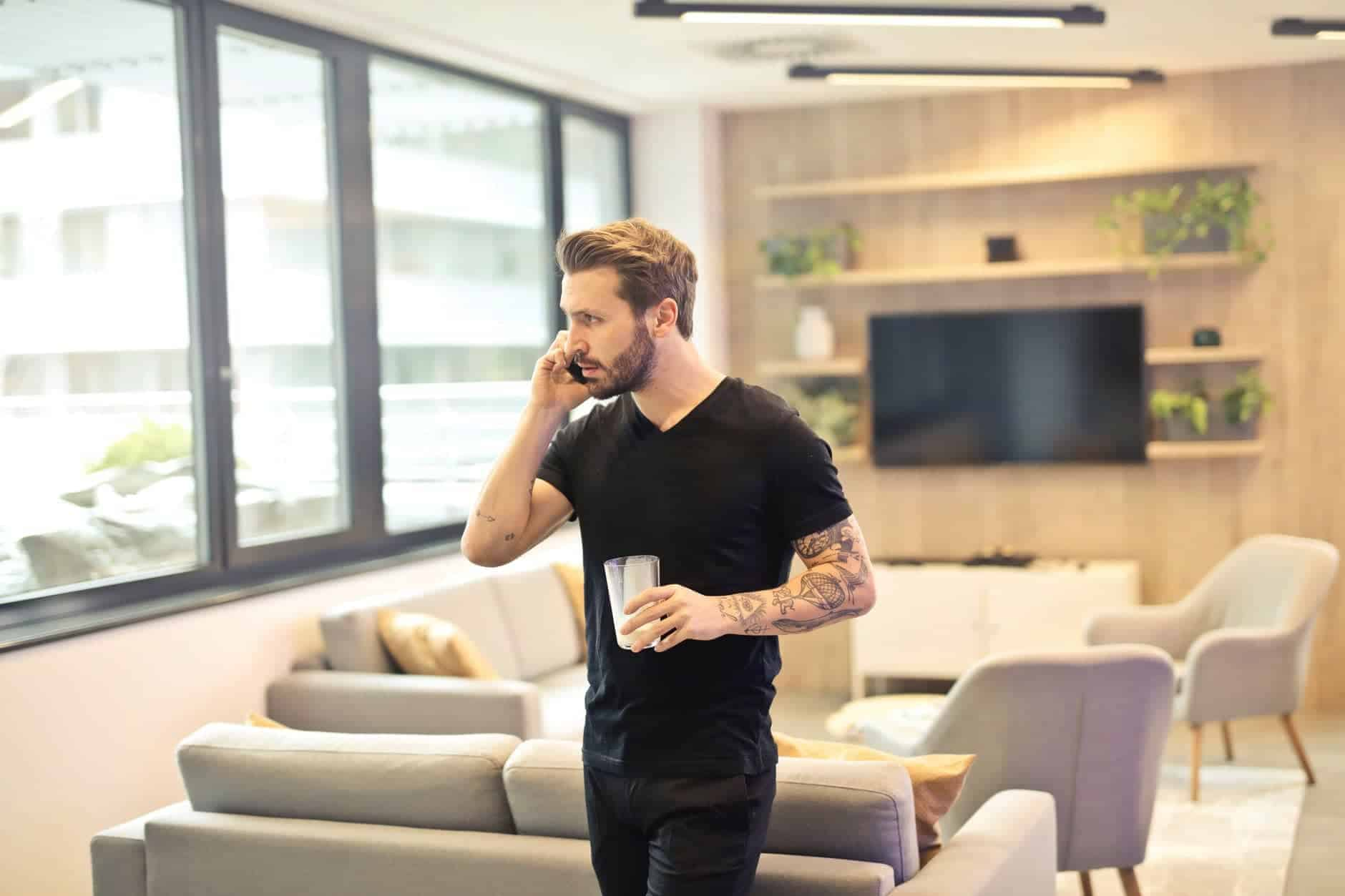 man calling on phone 4 Ways To Generate More Phone Leads For Your Business