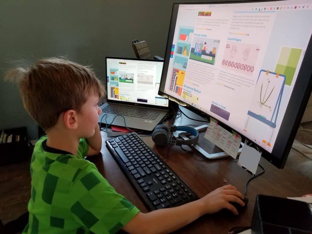 7 year old playing fun math game online