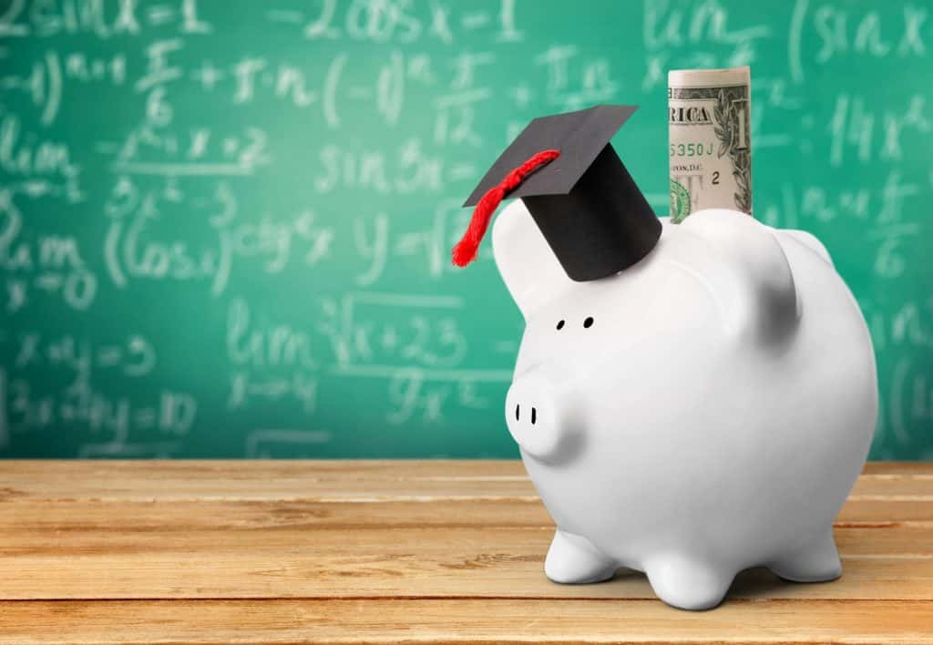 piggy bank get paid to go to school