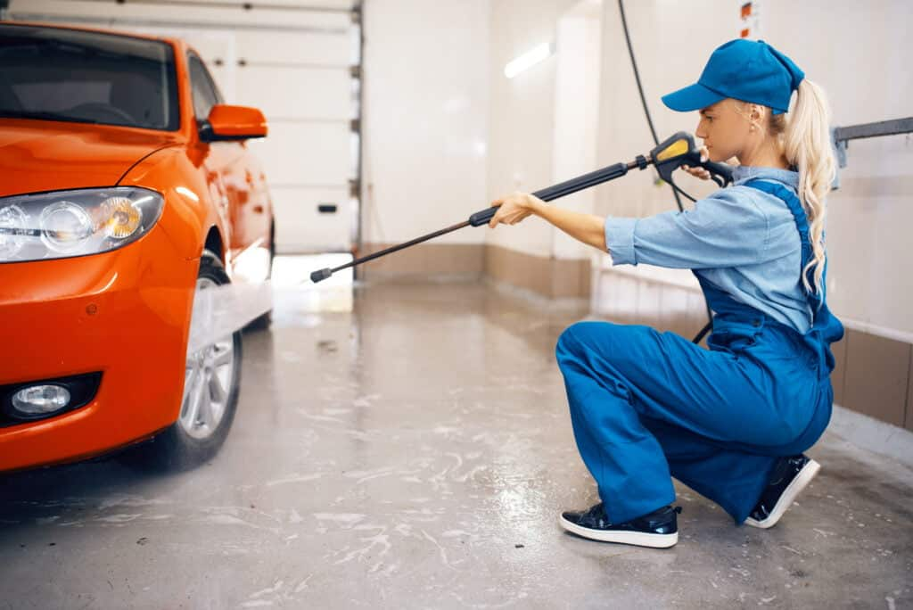 learning the basics of a pressure washing business